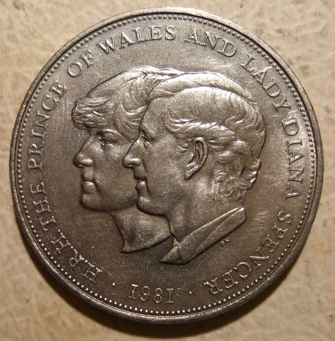 Reverse-1981-Prince-Charles-and-Lady-Diana-Crown